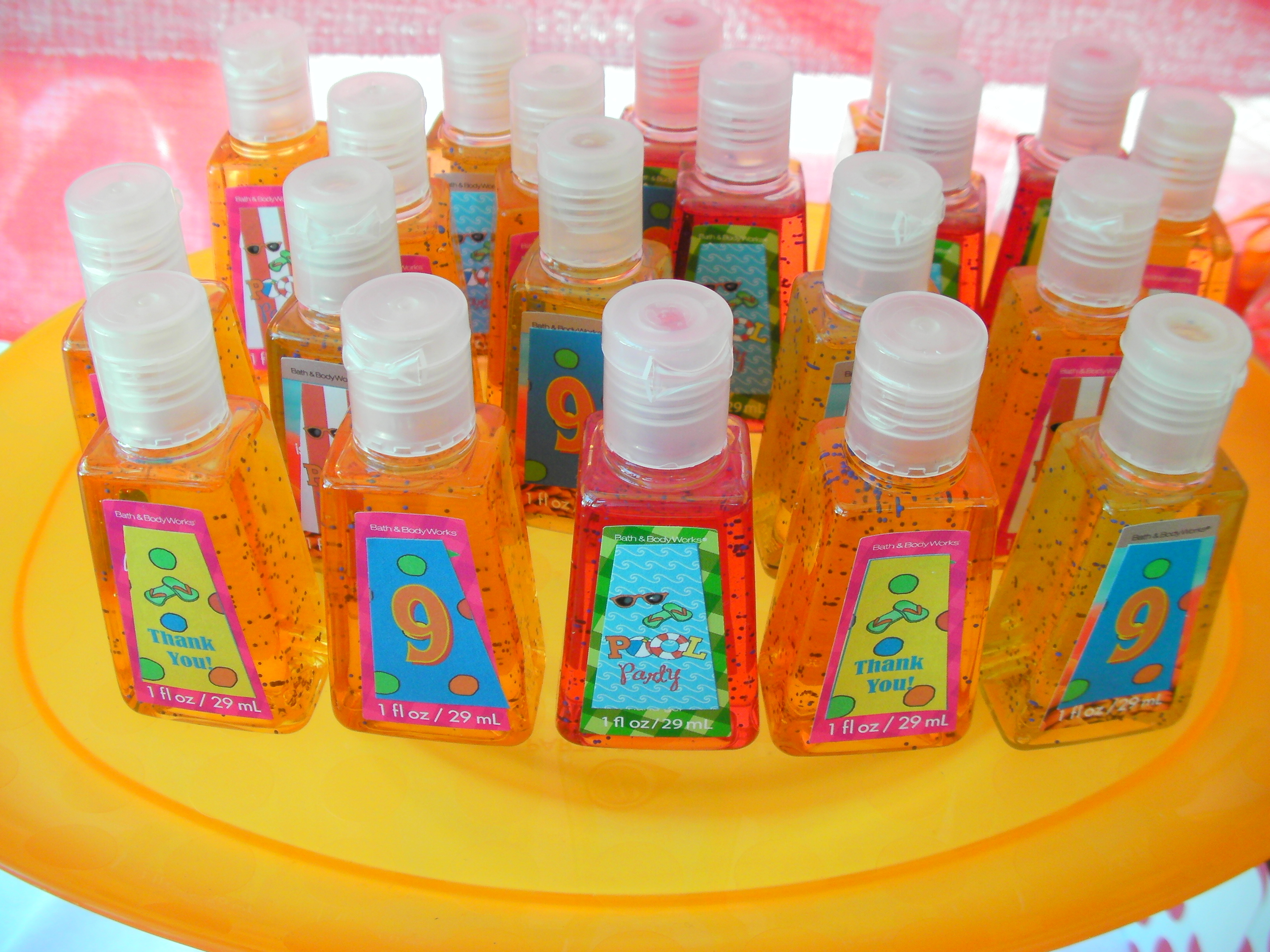 Displaying 20> Images For - Pool Party Favors...